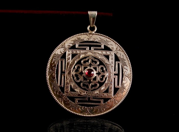 Pa140 grand pendentif argent massif mandala grenat - Grand mandala ...
