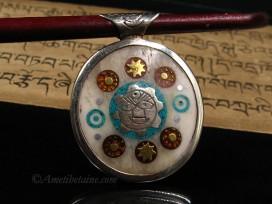 PD89 Pendentif Yeux de Bouddha Yin Yang