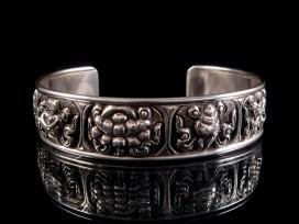 BRA31 Bracelet Tibétain Argent Massif Signes Auspicieux