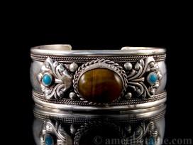 BRD189 Bracelet Tibétain Oeil de Tigre