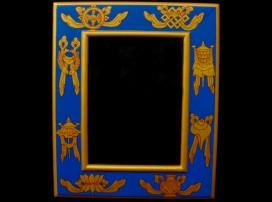 CAD07 Cadre Photo Tibétain Astamangala Signes Auspicieux du Bouddhisme