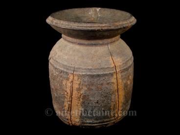 pot12 pot lait ancien artisans du nepal yak region himalayenne. Black Bedroom Furniture Sets. Home Design Ideas