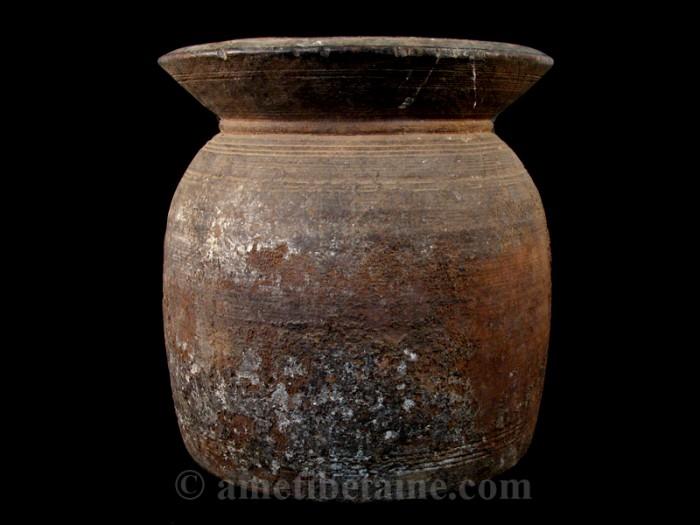 pot10 pot lait ancien artisans du nepal yak region himalayenne. Black Bedroom Furniture Sets. Home Design Ideas