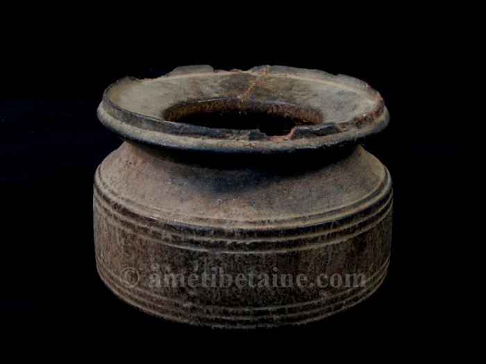 pot14 petit pot lait ancien artisans du nepal yak region himalayenne. Black Bedroom Furniture Sets. Home Design Ideas