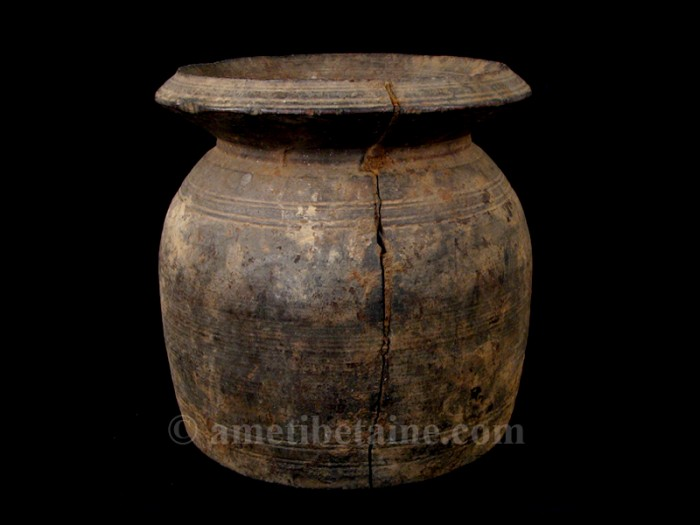 pot13 pot lait ancien artisans du nepal yak region himalayenne. Black Bedroom Furniture Sets. Home Design Ideas