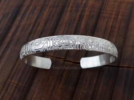 BRA72. Bracelet Tibétain Argent Massif Rhodié Signes Auspicieux
