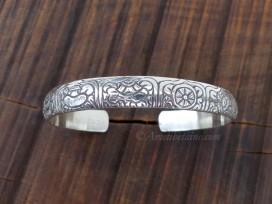 BRA73. Bracelet Tibétain Argent Massif Signes Auspicieux