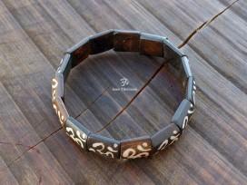 BRD374 Bracelet Os de Buffle Om