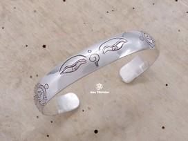 BRA58. Bracelet Tibétain Argent Massif Yeux de Bouddha Dorje