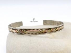 BRD180 Bracelet Tibétain Métal Argenté Cuivre Laiton