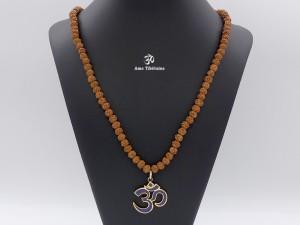 Mala157 Mala de Prières Rudraksha Om