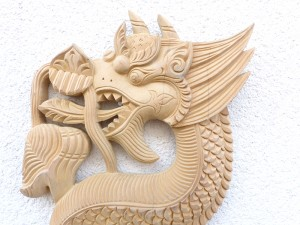 DMD55. Dragon en Bois
