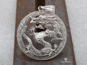 PA181 Pendentif Tibétain Argent Massif Dragon